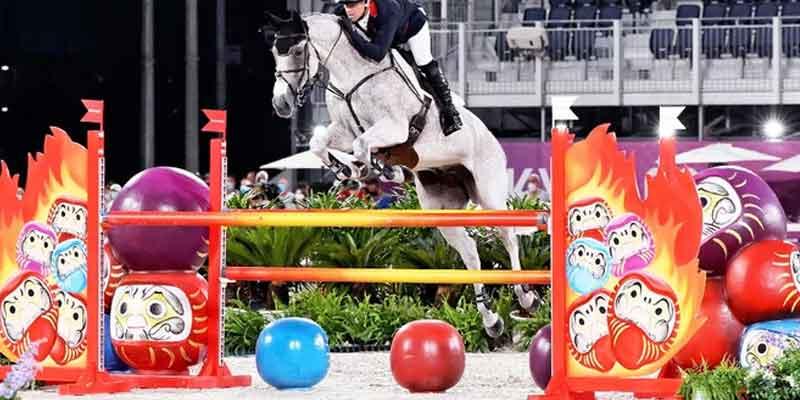 馬がだるま(達磨)にびっくり?… 総合馬術で減点相次いだ障害、「ミライトワ」に変更